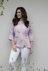 Pale pink flowered top #604